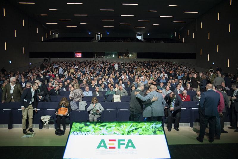 Gran éxito de participación en la 1ª Jornada Española del Cultivo de la Alfalfa